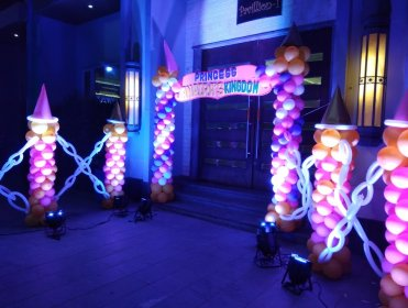 entrance decoration for marriage, entranceway decoration, entrance decoration for party.