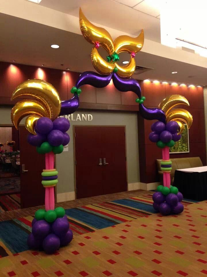 entrance for birthday party, grand entrance for party, entrance ideas for party.