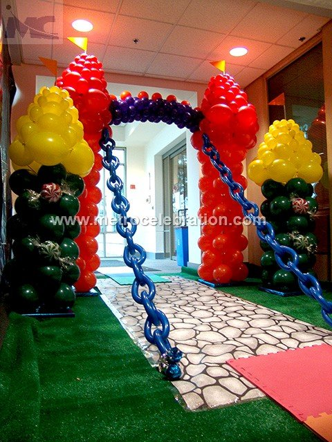entrance decoration for christmas, entrance console decoration, entrance corner decoration.