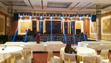 stage-Trust setup with LED wall.