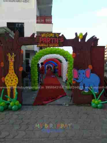 outdoor party themes, outdoor party tent rental, outdoor party tent decorating ideas, outdoor party table.
